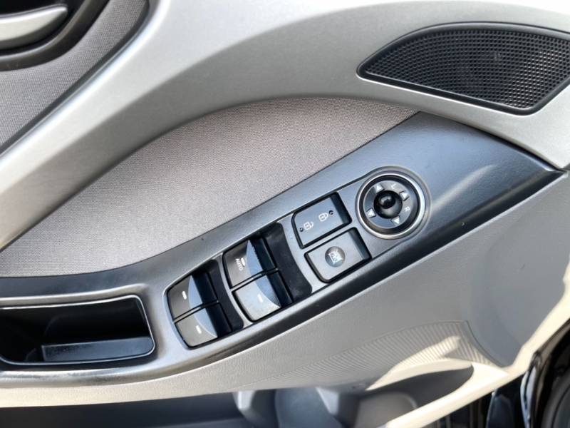 Hyundai Elantra 2015 price $9,995