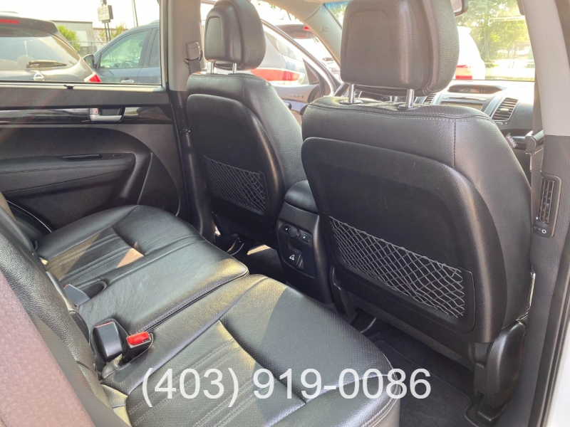 Kia Sorento 2015 price $15,995