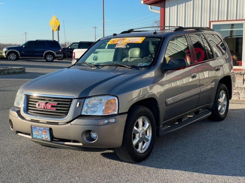 GMC Envoy 2005 price $5,990