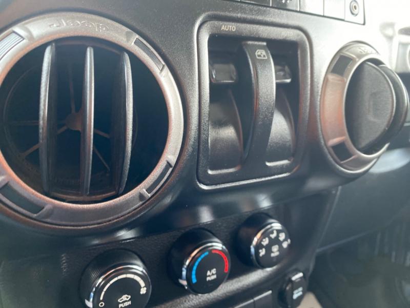 Jeep Wrangler 2013 price $17,995