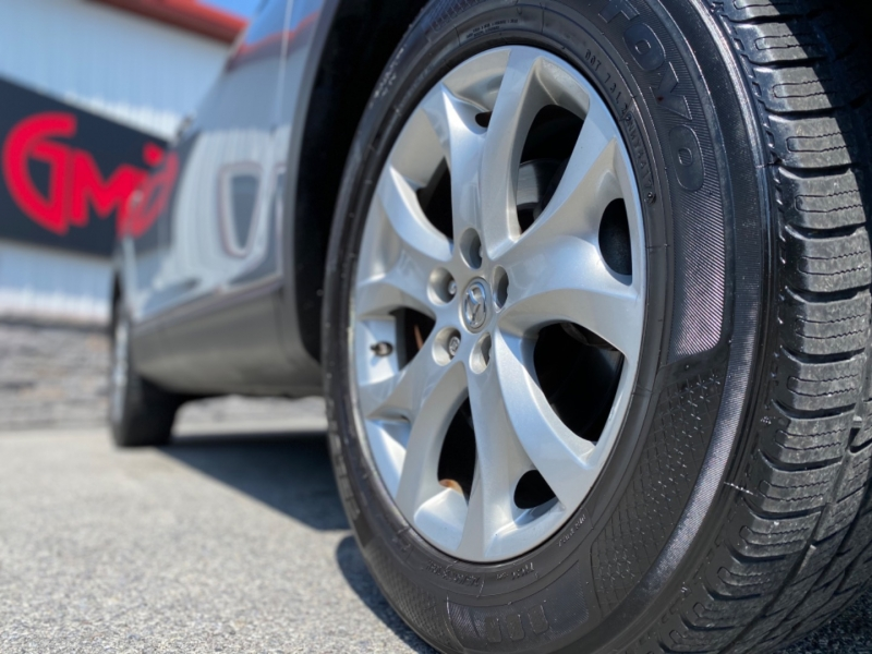 Mazda CX-9 2011 price $10,700