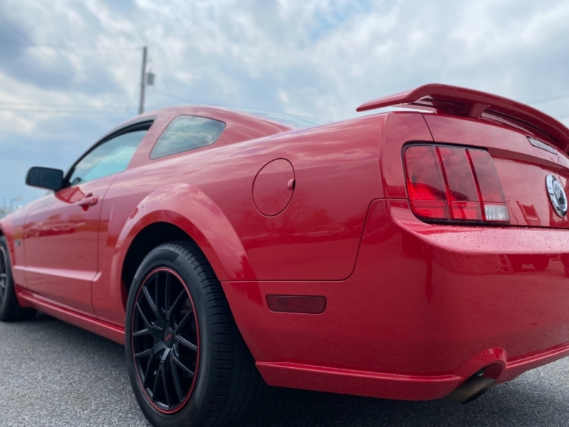Ford Mustang 2007 price $18,995