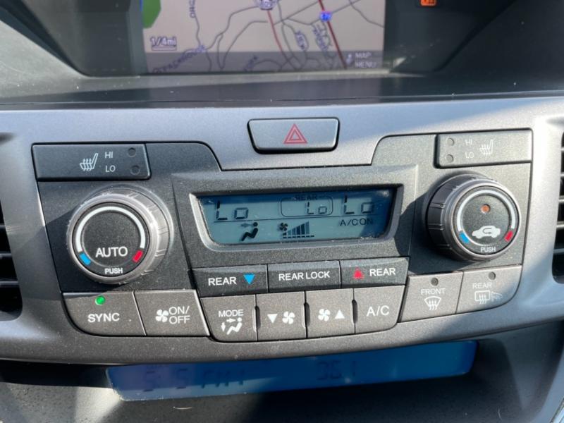 Honda Odyssey 2013 price $18,800