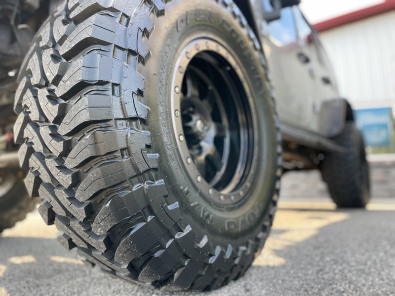 Jeep Wrangler Unlimited 2015 price $27,500