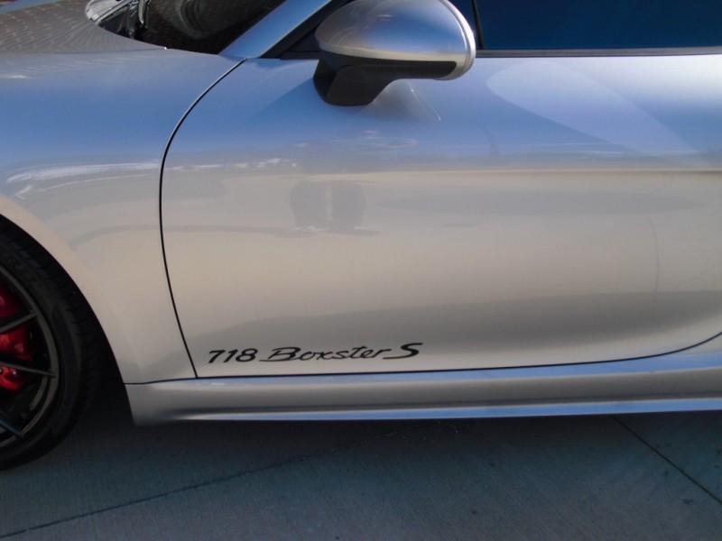 Porsche 718 Boxster 2017 price 62500