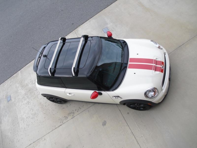 Mini Cooper Hardtop 2013 price $11,750