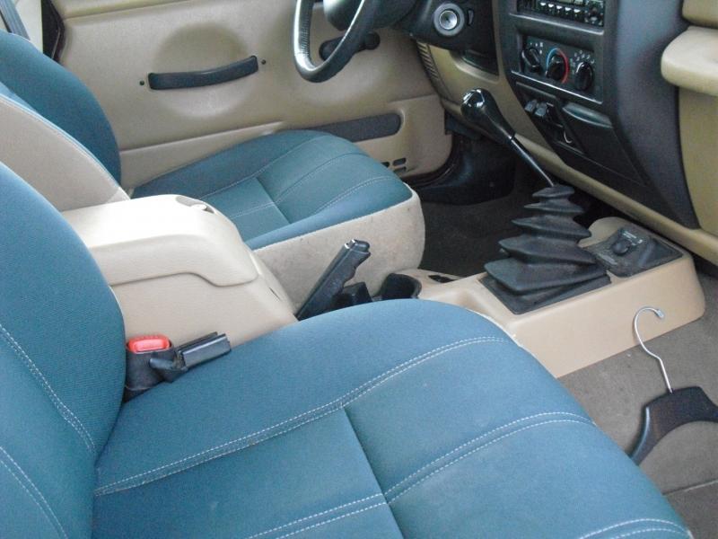 Jeep Wrangler 2001 price $10,300