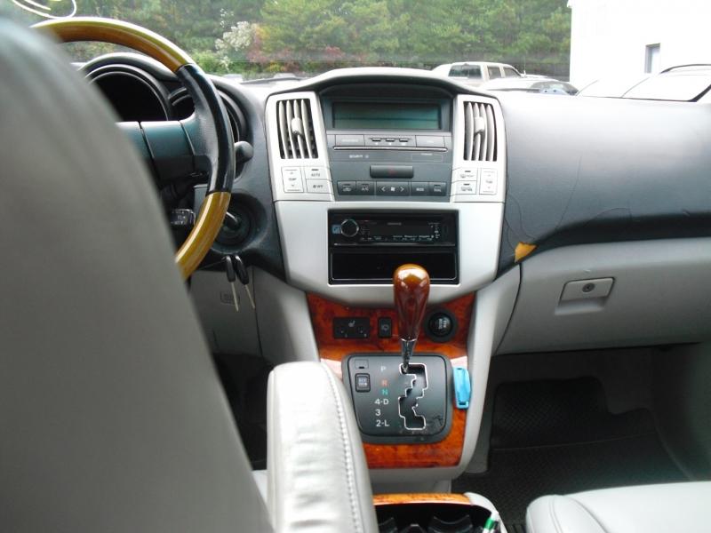 Lexus RX 330 2006 price $5,800