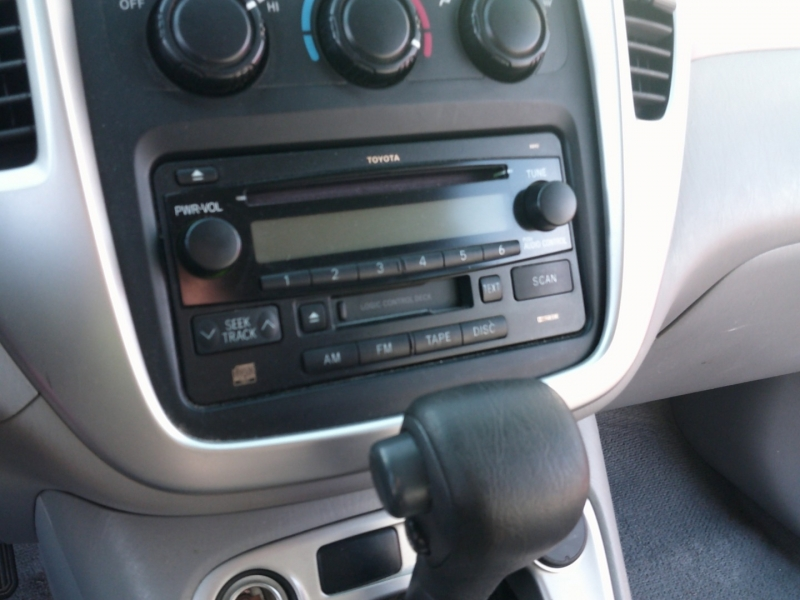 Toyota Highlander 2004 price