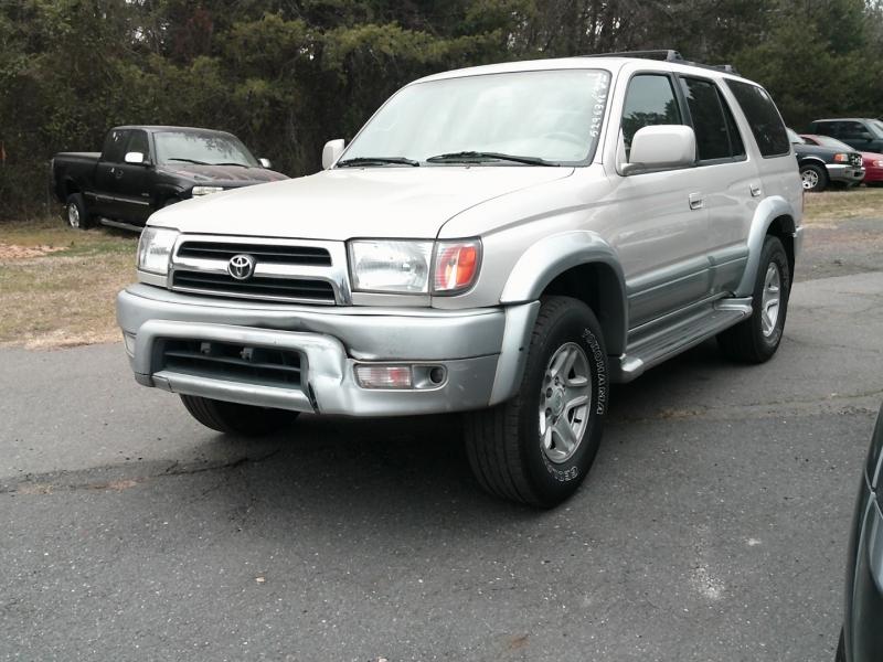 Toyota 4Runner 1999 price $4,000