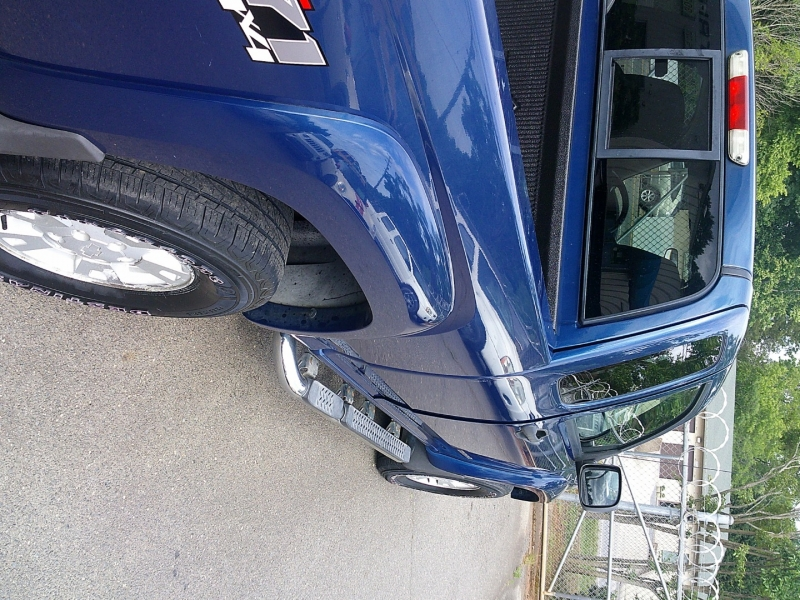 Chevrolet Colorado 2005 price $8,900