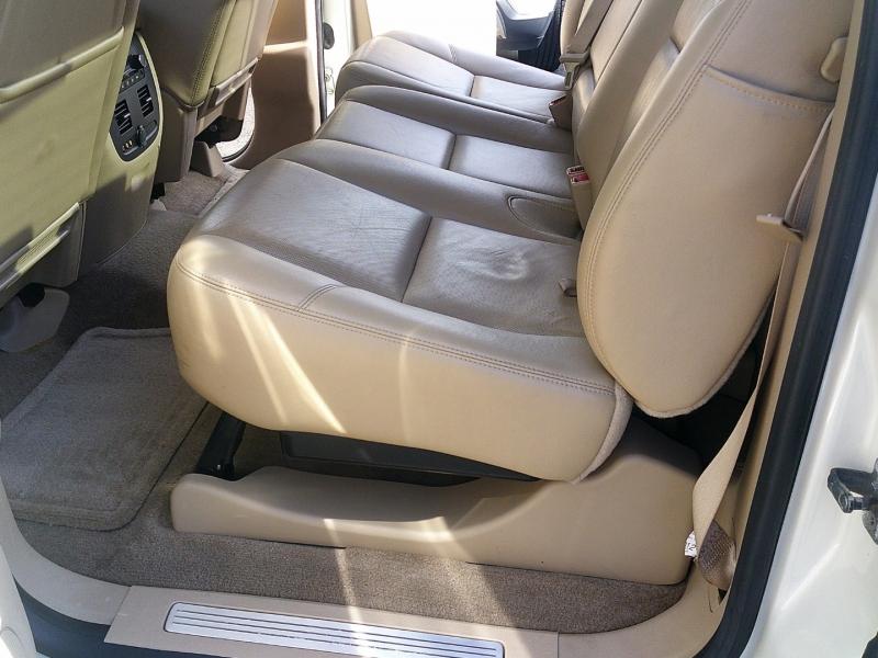 Chevrolet Avalanche 2013 price $13,900