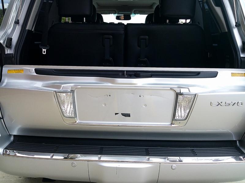 Lexus LX 570 2013 price $31,900