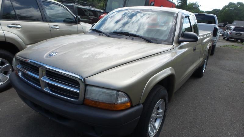 Dodge Dakota 2004 price $6,380