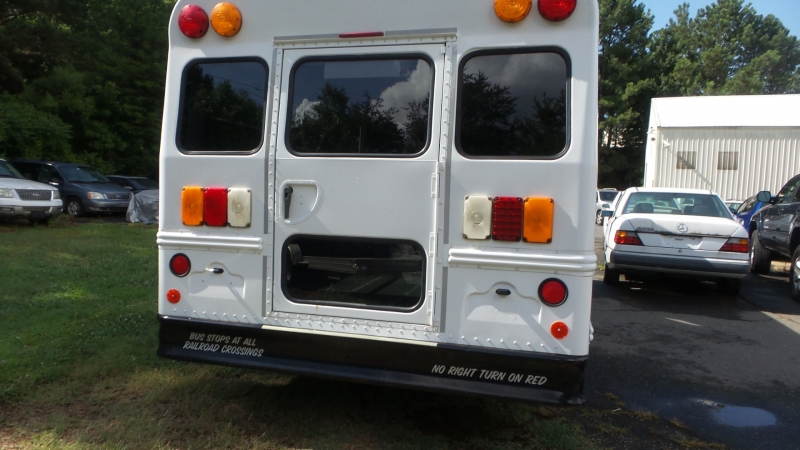 Chevrolet Express Commercial Cutaway 2013 price $13,500