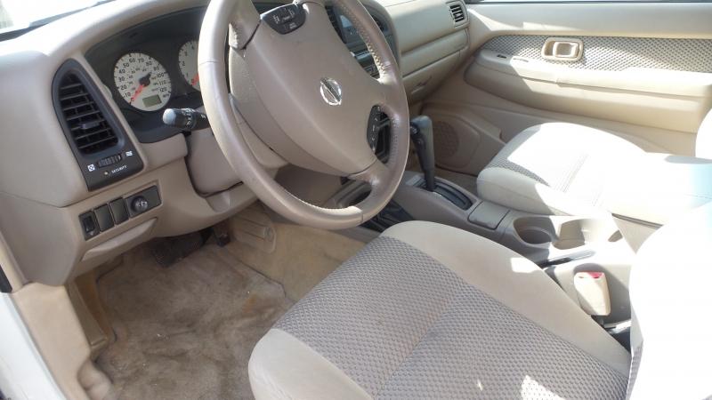 Nissan Pathfinder 2002 price $6,400