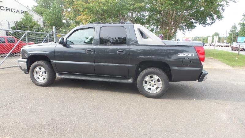 Chevrolet Avalanche 2006 price $6,800