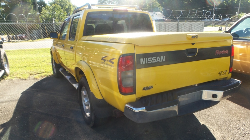 Nissan Frontier 4WD 2000 price $9,900