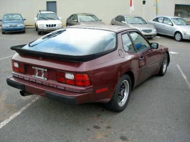 Porsche 944 1984 price $5,800