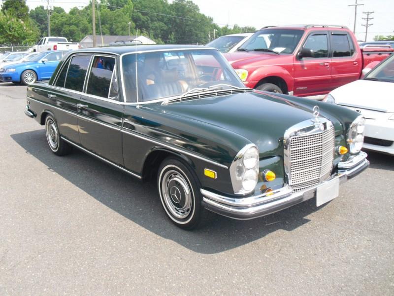 Mercedes-Benz 280 SE 1969 price $19,900