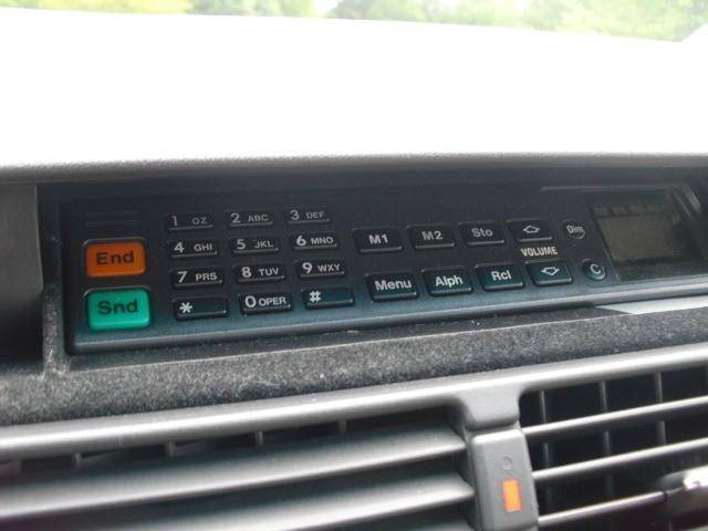 Mercedes-Benz 400 Series 1993 price $8,999