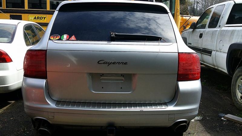 Porsche Cayenne 2005 price $3200