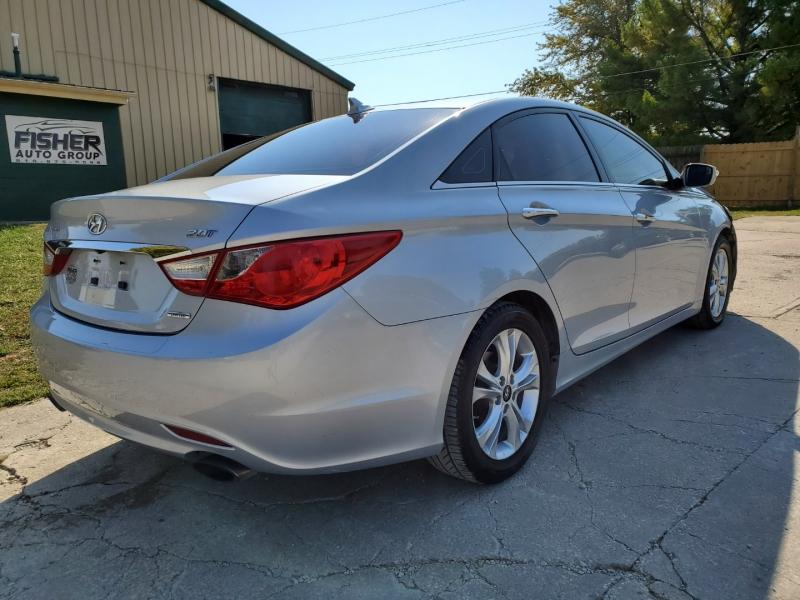 Hyundai Sonata 2011 price $9,995