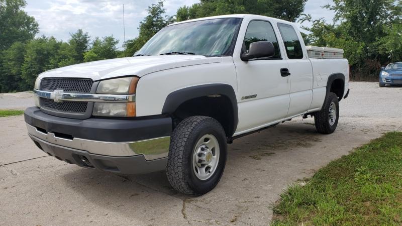 Chevrolet Silverado 2500HD 2003 price $9,795