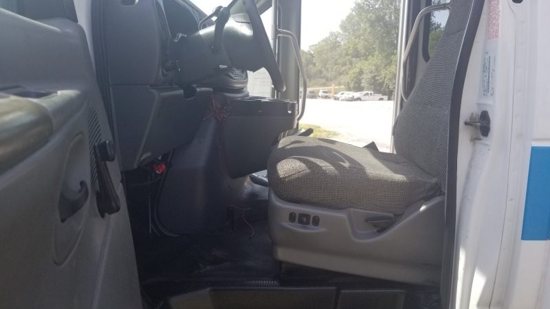 Ford Econoline Commercial Cutaway 2008 price $9,995