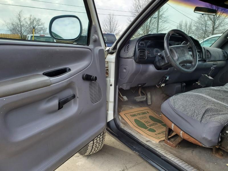 Dodge Ram 2500 1998 price $7,495