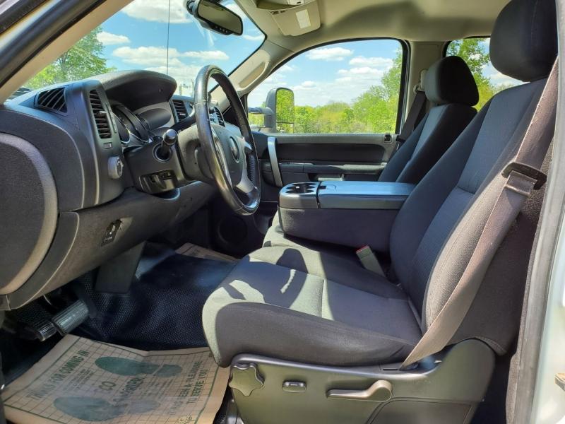 GMC Sierra 3500HD 2014 price $31,995