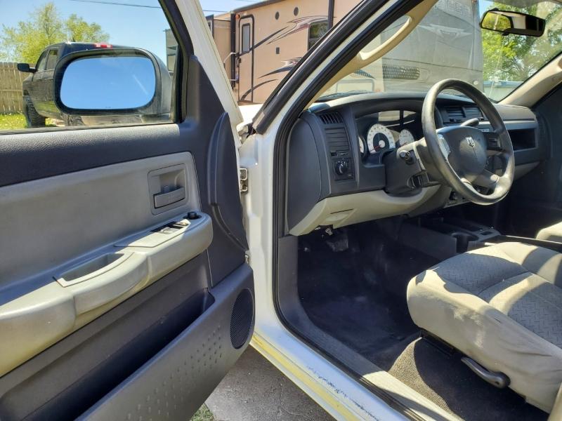 Dodge Dakota 2008 price $7,795