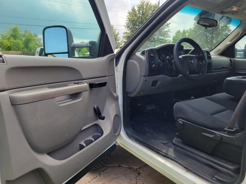 GMC Sierra 3500HD 2012 price $32,995