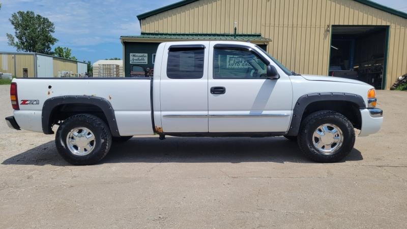 GMC Sierra 1500 2003 price $5,495
