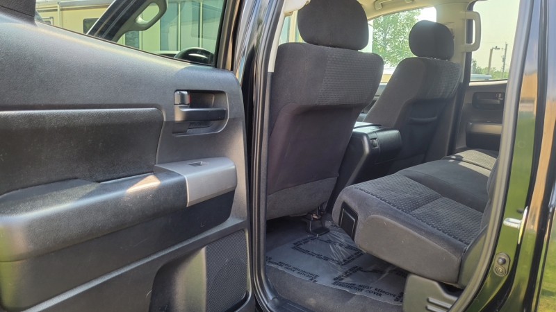Toyota Tundra 2010 price $21,995