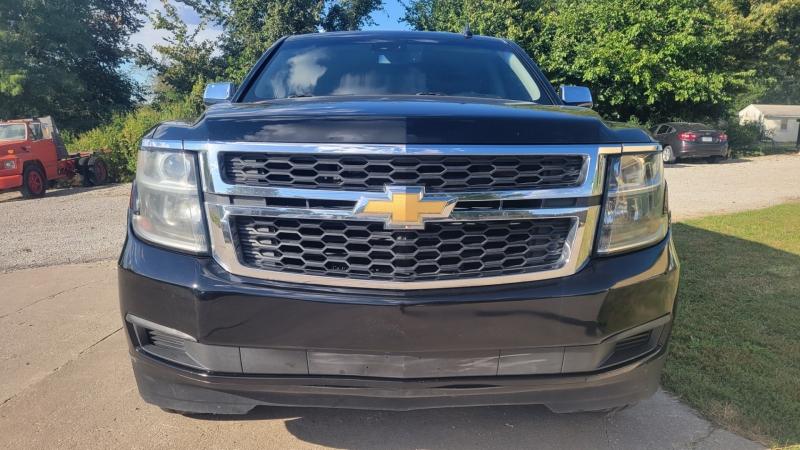 Chevrolet Suburban 2017 price $37,995