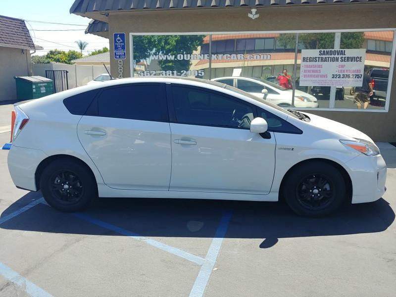 Toyota Prius 2014 price $12,499 Cash