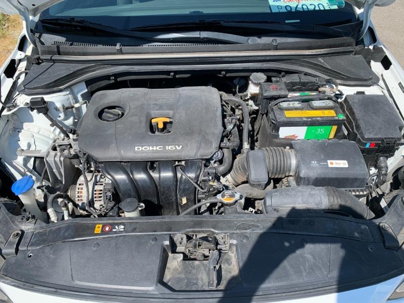 Hyundai Elantra 2018 price $10,900
