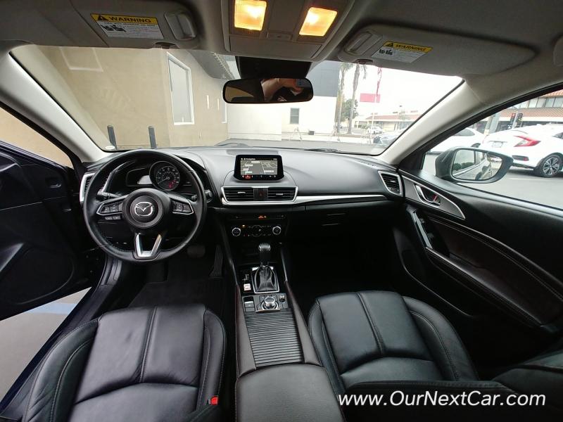 Mazda Mazda3 5-Door 2018 price $14,500