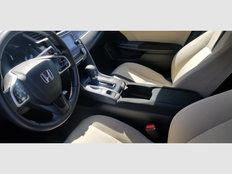 Honda Civic Sedan 2020 price $17,999
