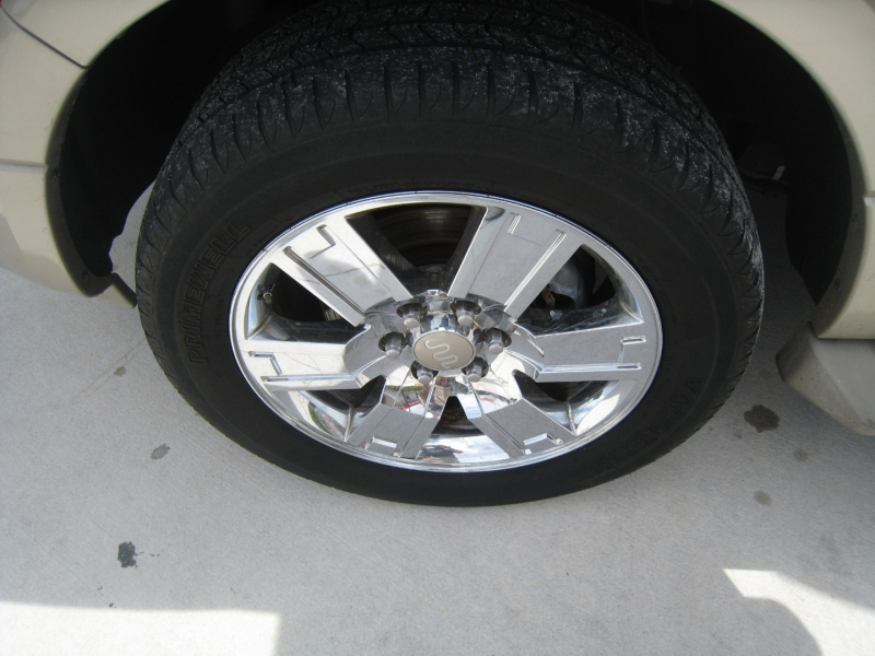 Ford Expedition EL 2008 price $11,995