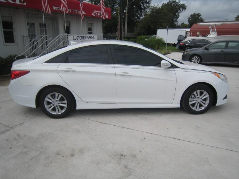 Hyundai Sonata 2014 price $9,995