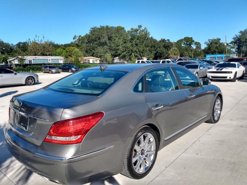 Hyundai Equus 2011 price $12,995