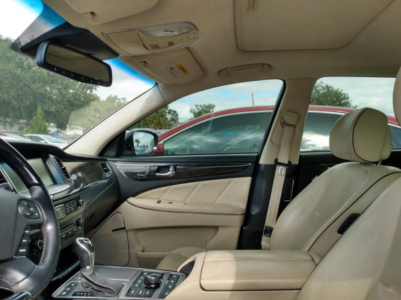 Hyundai Equus 2014 price $17,995