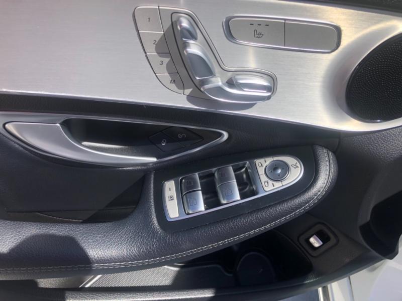 Mercedes-Benz C-Class 2016 price $26,995