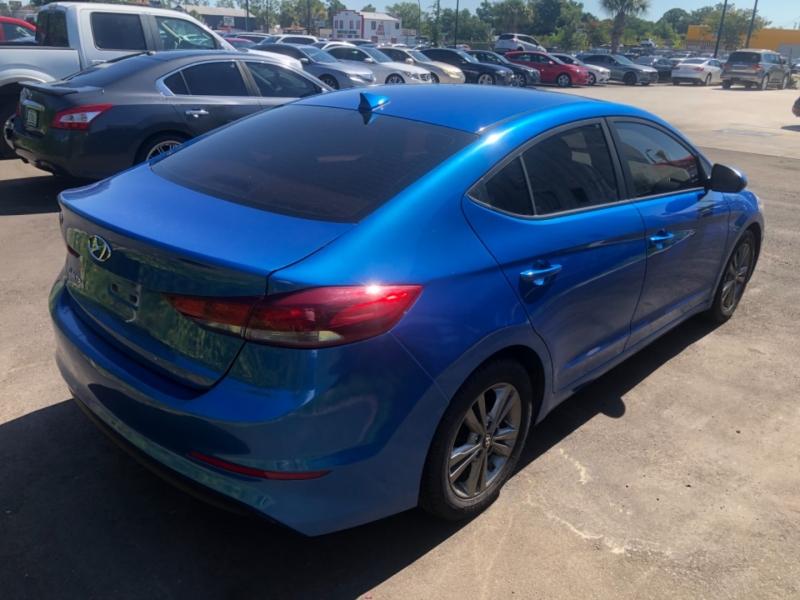 Hyundai Elantra 2017 price $16,999
