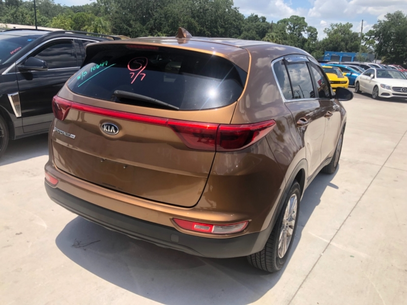 Kia Sportage 2017 price $15,495