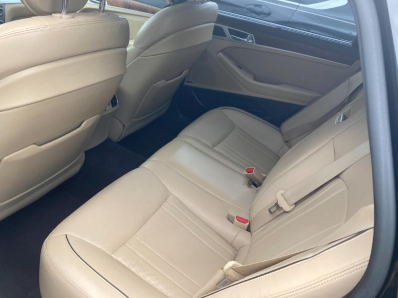 Hyundai Genesis 2015 price $21,190