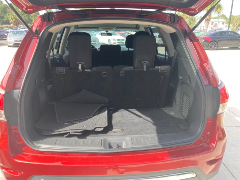 Nissan Pathfinder 2015 price $16,500