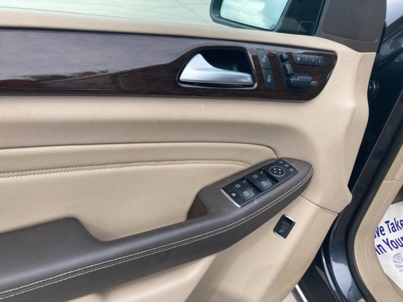 Mercedes-Benz M-Class 2012 price $18,500